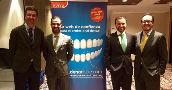 El Dr. Román en el Seminario de Oral B en Valencia